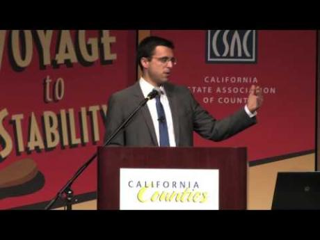 Columnist Ezra Klein Provides Insight to Meeting Attendees